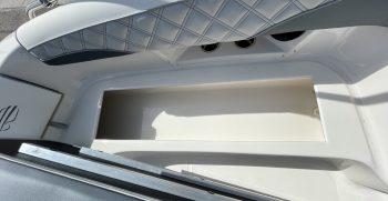 Splendor 259 Sunstar boat storage